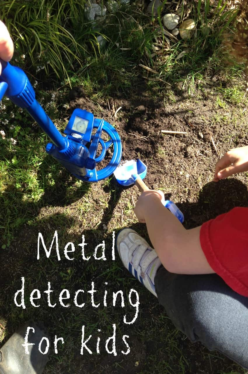 the benefits of Metal detecting for kids, Discovery Channel Digital Metal Detector Review