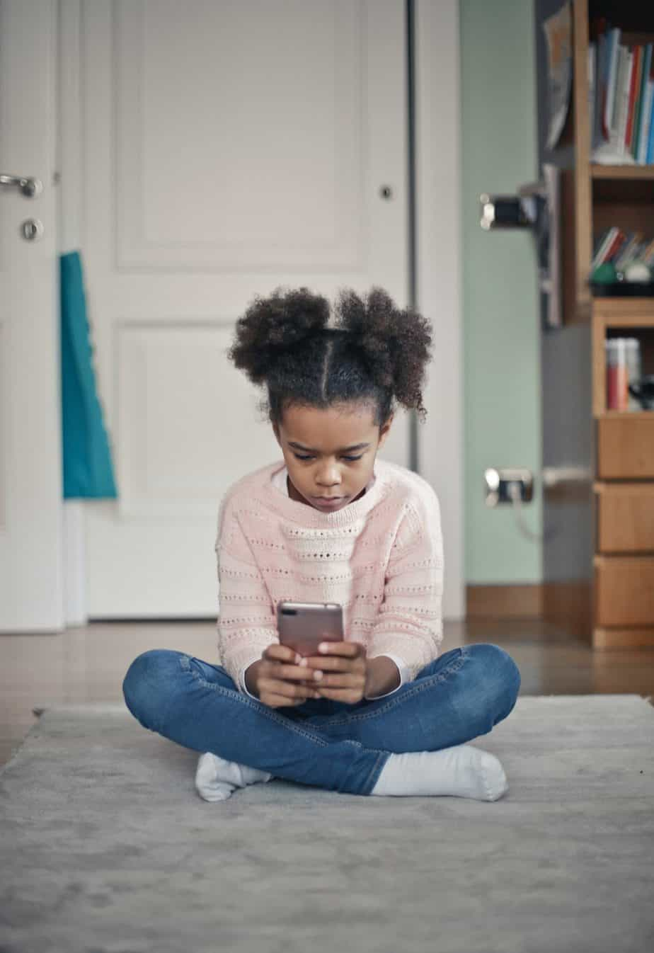 How to Ensure Your Kids Don't Run Up a Massive Phone Bill