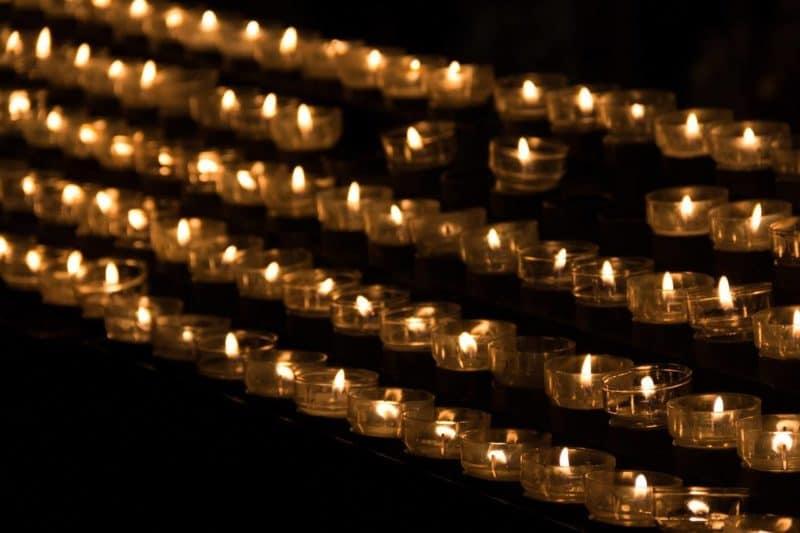 candle-1068945_1280