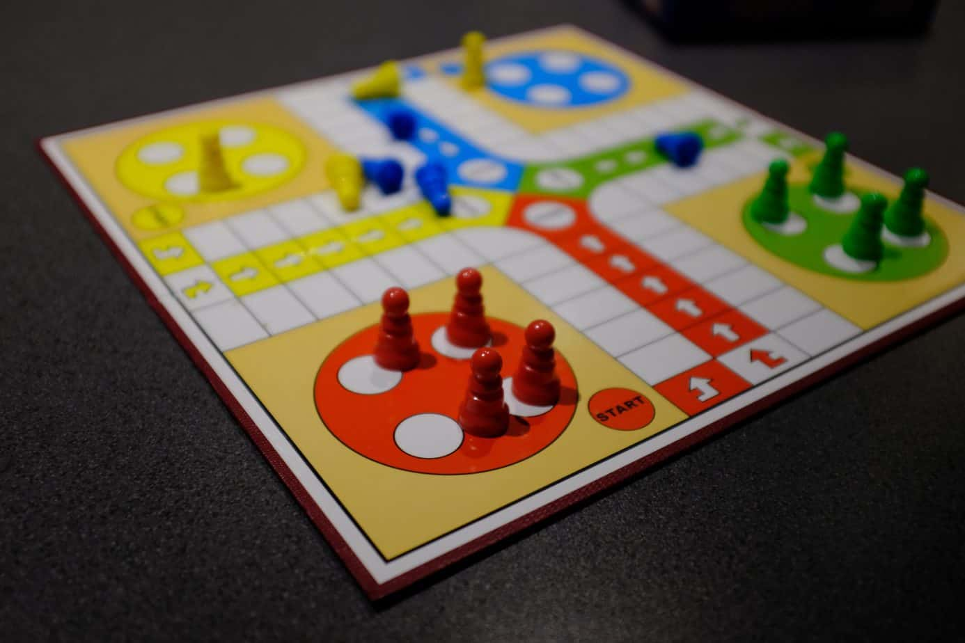 Best Indoor Games to Play with Family