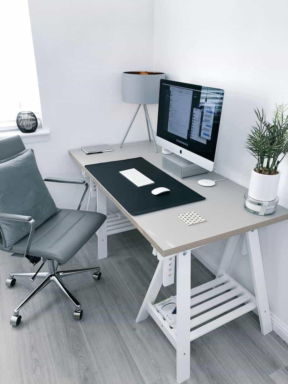 Minimal Home Office
