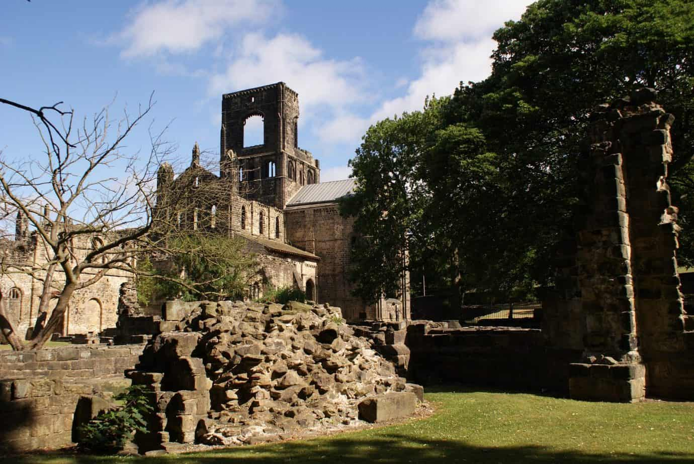 things to do in leeds, kirkstall abbey, family days out in Leeds, Days out near Leeds