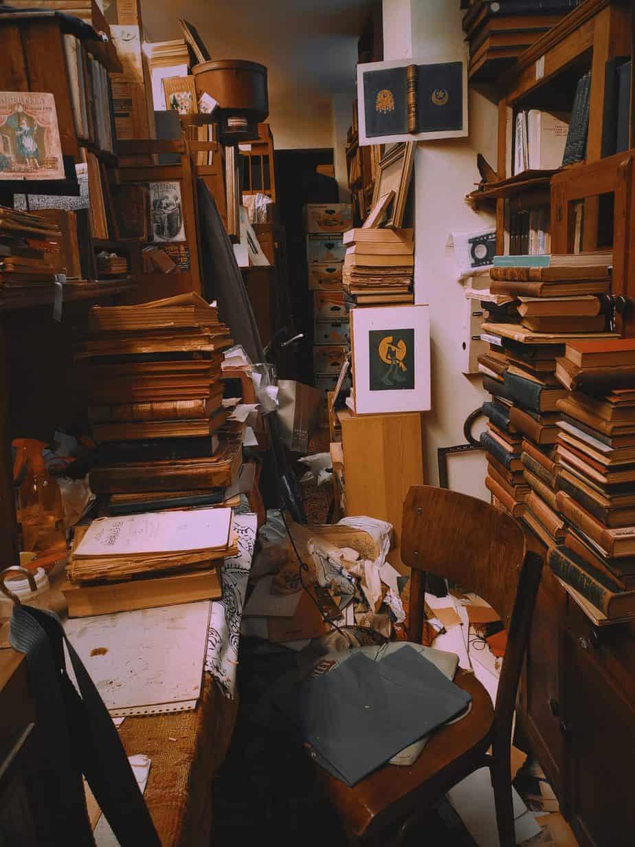 Declutter tips for hoarders
