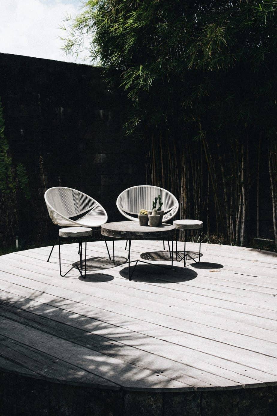 circular garden decking